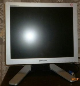 Samsung SyncMaster 721S
