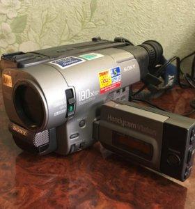 Видеокамера Sony HANDYCAM vision 8