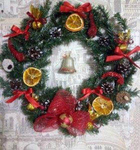 Новогодние веночки,сувениры,домовенок