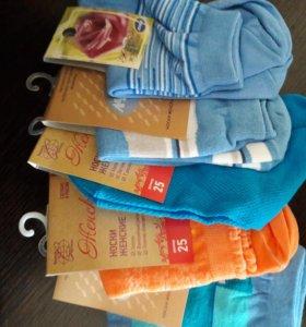Женские, мужские и детские носки