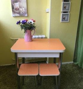 Кухонный новый стол раскладной