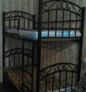 двух-ярусная кровать