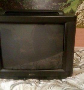 Телевизор с ЭЛТ. Диагональ 52см