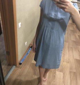 Тонкое джинсовое платье для беременных