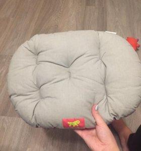 Лежанка (подушка) для животного