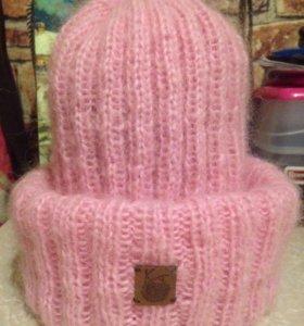 Вязанная шапочка из мохера