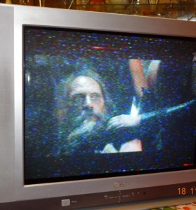 Телевизор LG в отличном состоянии, 25 дюймов.