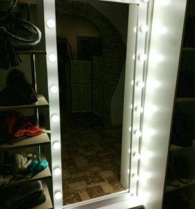 Гримерное зеркало с лампочками под заказ.