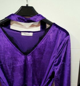 Платье велюр 48 размер!С чокером.