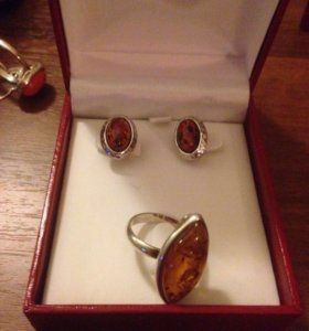 Комплект из серебра 925 пробы янтарь