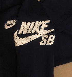 Спортивный костюм NIKE SB