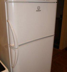 холодильник-морозильник индезит. RA 32 G