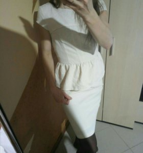 Платье с баской Reserved 42-44