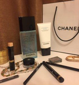 Косметика Chanel - маска, тоник, тени, карандаш