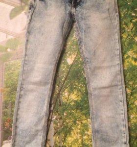 Подростковые женские джинсы