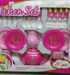 Набор розовой посудки