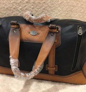 Кожаная, стильная дорожная сумка