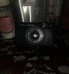 Фотоаппарат ретро(торг приветствуются)