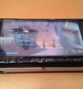 Продам игровую приставку psp-3008