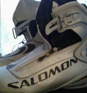 Лыжные ботинки SALOMON р26 с креплениями РILOT