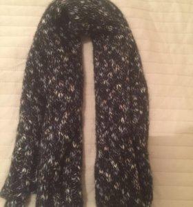 Фирменный шарф ,новый , тёплый