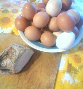 Яйцо и сало