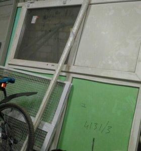 Перегородка пластиковая с дверью забирайте срочно)