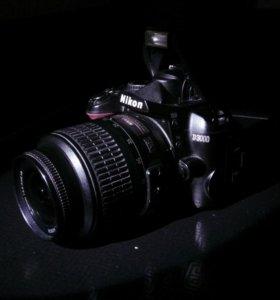 Зеркальный фотоаппарат Nikon D3000 для портретов