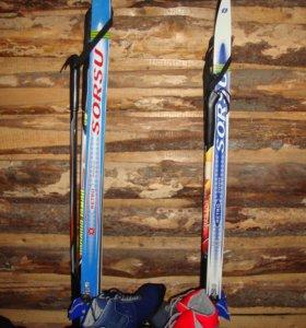 2 комплекта: лыжи ,палки, ботинки
