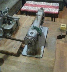 Швейная машина, оверлок