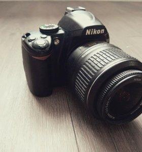 Nikon D3000 Kit Зеркальный фотоаппарат