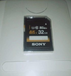 SD карта на 32 Gb (Sony)