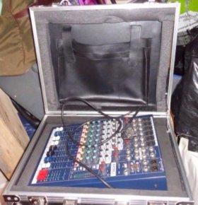 Soundcraft EPM 6 + рэковый кейс
