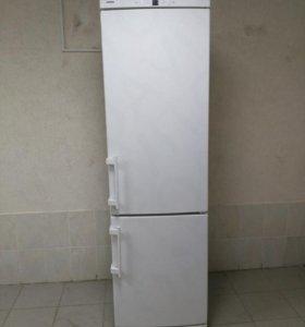 Холодильник Liebherr CP 40030