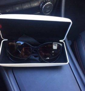 Очки Versace солнцезащитные