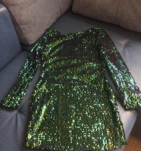 Платье расшитое паетками