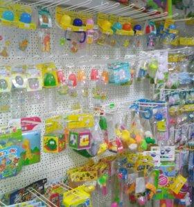 Продам действующий магазин детских товаров.