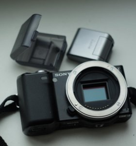 Sony NEX-5 (body)