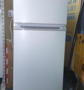 Холодильник Бирюса М122 (137)