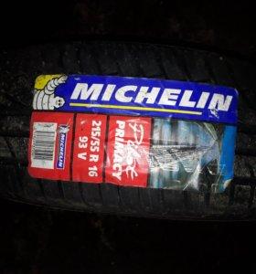 MICHLEN Primacy 215/55 R16