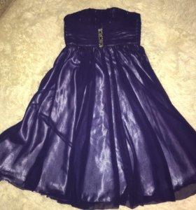 Шикарное платье для девочки рост 140-150 см