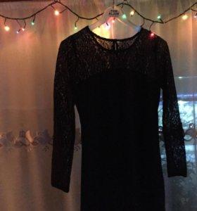 Платье. Размер 42. Новое.