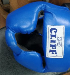 Шлем боксерский закрытый, кожа
