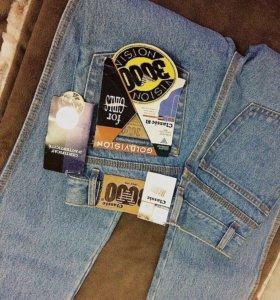 Новые джинсы, классика, 26 размер