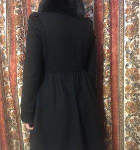 Пальто с воротником из меха лисы alice+olivia
