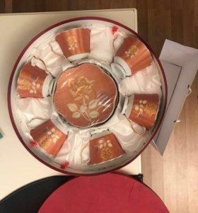 Набор чайных чашек с блюдцем