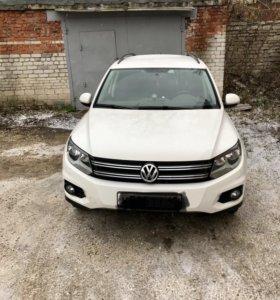 Volkswagen Tiguan 2013 год