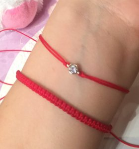 Красная ниточка с цирконом