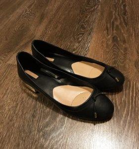 Балетки ( обувь)