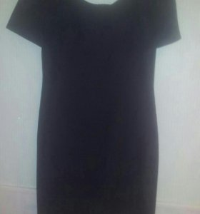 Платье-футляр классика